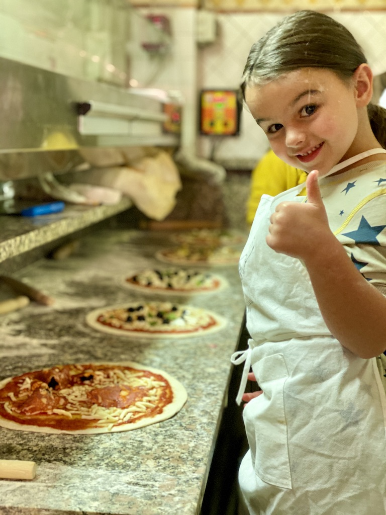 Pizza making class in Rome Italy